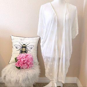 3/30 Haute Society Off White Mesh Crochet Kimono